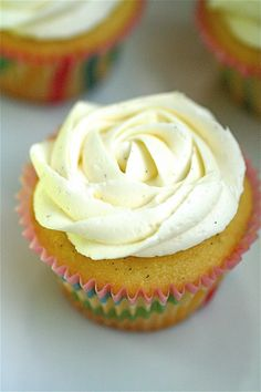 Vanilla Almond Cupcakes | The Curvy Carrot Vanilla Almond Cupcakes | Healthy and Indulgent Meals Dangling in Front of You