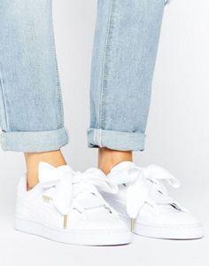 Puma – Basket Heart – Sneaker in Lackweiß