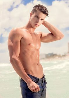 shirtless-friday-10