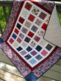 Simply PATRIOTIC red white blue quilt by pinetreelodge