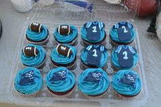 @Carolina Panthers    Carolina Panthers cupcakes