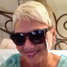 Nwt Sunglasses. 100% Uv Protection. Cute