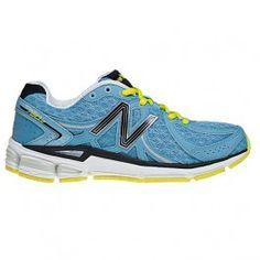 Zapatillas New Balance W780 v2 color azul/amarillo para mujer. Es una zapatilla recomendada para corredoras de pisada neutra o supinadora de peso medio que puede ser utilizada tanto para competir cualquier tipo de distancia como para entrenar varias modalidades. En #deporvillage por 94,50 € IVA incl. Te ahorras: 10,50 € = 10%