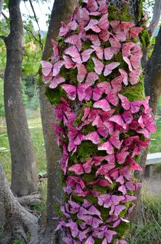 One hundred pink butterflies A very pretty picture Beautiful Bugs, Beautiful Butterflies, Beautiful World, Butterfly Quilt, Butterfly Flowers, Morpho Butterfly, Butterfly Kisses, Belle Photo, Pretty Pictures