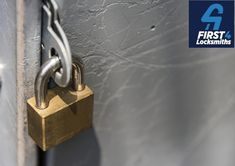 Closeup of a locked padlock Photo Best And Less, Raising Capital, Trade Secret, Displaying Collections, Vector Photo, Free Photos, Feng Shui, Quran