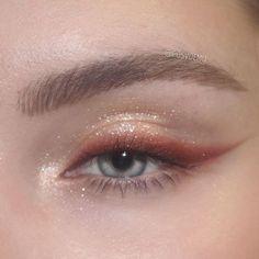 Monolid Eye Makeup, Asian Eye Makeup, Makeup Eye Looks, Beautiful Eye Makeup, Eye Makeup Art, Makeup For Green Eyes, Natural Eye Makeup, Face Makeup, Korean Makeup