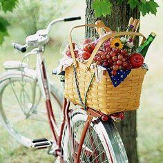 Bike with Picnic Basket *Basket looks like a Longaberger Lg Market Basket*