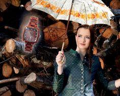 """""""Impuls"""" für Sie - Holzuhr aus rotem Sandelholz Wood Watch, Design, Accessories, Women's, Wooden Clock"""