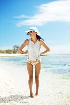 What to Wear to the Beach | StyleCaster