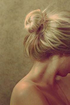 I love the bun, reminds me of both of my  beloved Grandmas, who wore them so well!