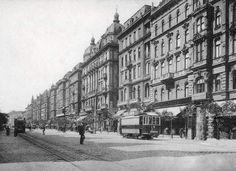 Budapest, Street View, History, Historia