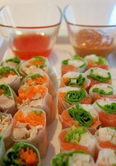「野菜たっぷり 2種の生春巻」もちもちのライスペーパーで野菜と一緒にシーフードやお肉を巻いたヘルシーな一品です。二種類のソースにつけて食べると美味しさ二倍です。【楽天レシピ】 Asian Recipes, Healthy Recipes, Ethnic Recipes, Japanese Food, Fresh Rolls, Sushi, Seafood, Meals, Dinner