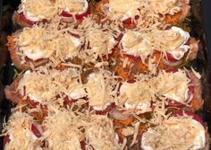 Borzas zuzmó | Zsuzsanna Csorba receptje - Cookpad receptek Snack Recipes, Snacks, Winter Food, Potato Salad, Cauliflower, Food And Drink, Potatoes, Lunch, Chicken