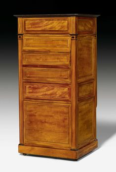 drop front secretary by jean henri riesener secr taire en armoire of marie antoinette chateau. Black Bedroom Furniture Sets. Home Design Ideas