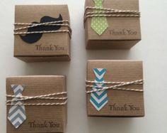 30 bow tie favor boxes Little Man Navy bow tie di TheLondonLoft
