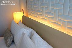 Hotel Ritz Carlton Vienna - Vienne - Wien Vienna, Room Inspiration, Table Lamp, Luxury, Home Decor, Lamp Table, Decoration Home, Room Decor, Table Lamps