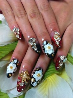 Some floral 3D nail art