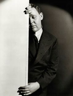 Charles Laughton photographed by William Walling, Jr, 1932 via robertcordero