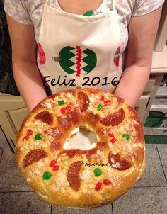 Llevo tres años haciendo roscón de reyes con la receta que publiqué . De sabor siempre muy rico pero no tan blandito como me gustaría. Bien... Bakery Recipes, Dessert Recipes, Cooking Recipes, Desserts, Healthy Juice Recipes, Healthy Juices, Mexican Sweet Breads, Donuts, British Baking
