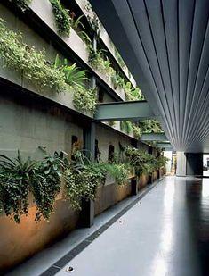 Studio Arthur Casas: Estúdio fotográfico, São Paulo - ARCOweb - garagem elevada, vidro pilkinton
