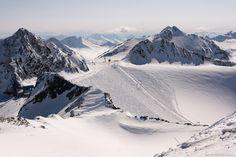 Prachtige witte pistes in de Stubai vallei in Oostenrijk! Ontdek meer over dit skigebied: http://www.snowx.nl/skigebieden/stubai/