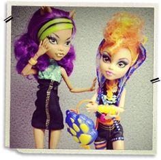 clawdeen and howleen wolf Howleen Wolf, Monster High Dolls, Princess Zelda, Disney Princess, Sims, Disney Characters, Fictional Characters, Diorama, Target