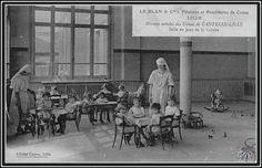 Les œuvres sociales de Le Blan, à Lille : la salle de jeux de la crèche. (archives site Lille d'antan)