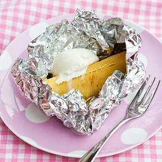 Grillattua ananasta ja vaniljajäätelöä Camembert Cheese, Oatmeal, Pudding, Cooking, Breakfast, Desserts, Food, The Oatmeal, Kitchen