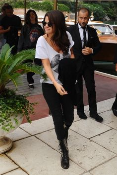Selena Gomez arrives from the Marco Polo airport to the Hotel Excelsior 9-4-2012