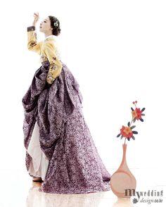Design by Bydan Korean traditional dress hanbok Korean Traditional Dress, Traditional Fashion, Traditional Dresses, Korean Dress, Korean Outfits, Ethnic Fashion, Asian Fashion, Korean Look, Korean Style