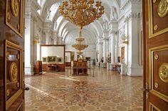 Die Eremitage, anfängliche Kunstsammlung der russischen Zarin Katharina die Große, gehört heute zu den bedeutendsten Kunstmuseen der Welt, St. Petersburg, Russland