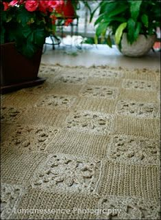 jute twine crochet rug--This is very pretty..sigh  someday