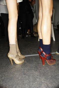 love socks with heels. esp for the fall. Walk In My Shoes, Socks And Heels, Cute Socks, Sock Shoes, Peep Toe, Walking, Pumps, Street Style, Legs