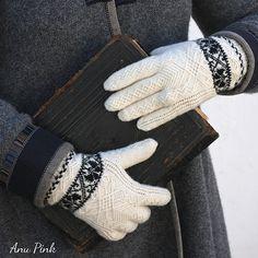 Ravelry: Old Runö Gloves pattern by Anu Pink - free knitting pattern