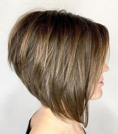 Short bob hairstyles 184506915971415067 - Voluminous Bob with Stacked Layers Source by Modern Bob Hairstyles, Bob Hairstyles For Fine Hair, Trending Hairstyles, Medium Hairstyles, Braided Hairstyles, Haircut Medium, Hairdos, Medium Hair Cuts, Short Hair Cuts For Women