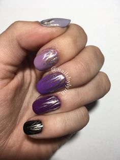 Purple Gradient Nails w/ Silver and Gold Stripes