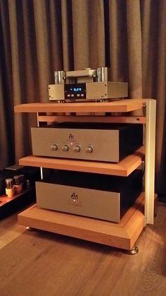 Hifi Stereo, Hifi Audio, Wooden Musical Instruments, Audio Stand, Audio Rack, Wood Planter Box, Vinyl Storage, Speaker Design, Rack Design
