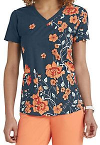 The exquisite Sweet Nouveau print scrub top from the popular Grey's Anatomy collection is perfect for the season! In addition to the vibrant floral print, this top includes two roomy pockets to hold y Cute Scrubs Uniform, Scrubs Outfit, Healthcare Uniforms, Medical Uniforms, Medical Scrubs, Nursing Scrubs, Stylish Scrubs, Greys Anatomy Scrubs, Scrub Tops