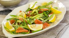 Ta med denne til mai-frokosten - Vektklubb Caprese Salad, Healthy Recipes, Healthy Food, Country, Health Foods, Rural Area, Healthy Nutrition, Healthy Eating Recipes, Healthy Foods