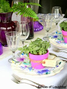A Beautiful Table for Mother's Day-so so simple. Make little potted plants as take home gifts!