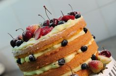 Vídeo: Gastrô ensina a fazer naked cake, o bolo queridinho dos casamentos