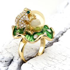 Frog and Pearl Gold Plated 18k Ring