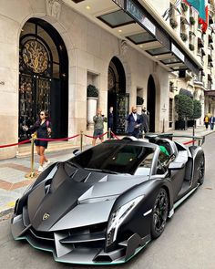 Lamborghini Veneno, Lamborghini Roadster, Sports Cars Lamborghini, Lamborghini Diablo, Luxury Sports Cars, Top Luxury Cars, Exotic Sports Cars, Cool Sports Cars, Super Sport Cars