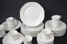 Mikasa Antique White HK400 Dinner Plates 10 1/2  Set of 5 Only | & Set 4 Crown Corning Stoneware Made in Japan Heavy Dinner Plates ...