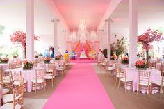 Festa Princesas! #princess #princesas #rosa #festa1ano #pink #meninas #festamenina #party #partyideas #festacriativa #disney #partydecor #decoracaomenina #festainfantil #decoracaoinfantil