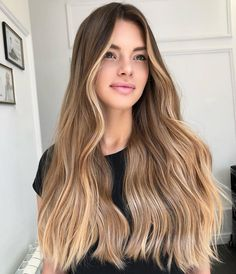 Fabulous Spring Hair Colors With Blonde Highlights For A Better Outlook - Cabello Rubio Spring Hairstyles, Cool Hairstyles, Blonde Hairstyles, Party Hairstyles, Hairstyle Ideas, Bob Hairstyle, Hair Ideas, Long Wavy Hair, Short Hair