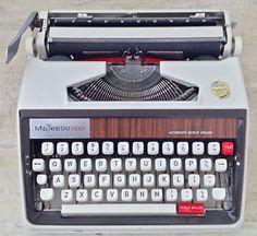 1967. Collection. Dactylo portative Majestic 600