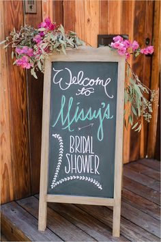 chalkboard sign @weddingchicks