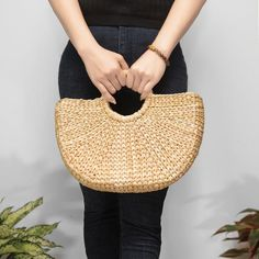 Women rattan bag, straw beach bag, rattan summer bag, french basket bag, bridesmaid bag, gift for her, valentine gift READY TO SHIP More option, more size for you! I just working with partner to make more size and its READY TO GO! Handmade straw wicker bag for this summer, wedding, autumn/winter