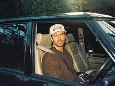 George Michael in his Rover Most Beautiful Pictures, Cool Pictures, George Michel, Andrew Ridgeley, George Michael Wham, Old Singers, In The Heights, Picture Video, Beautiful People